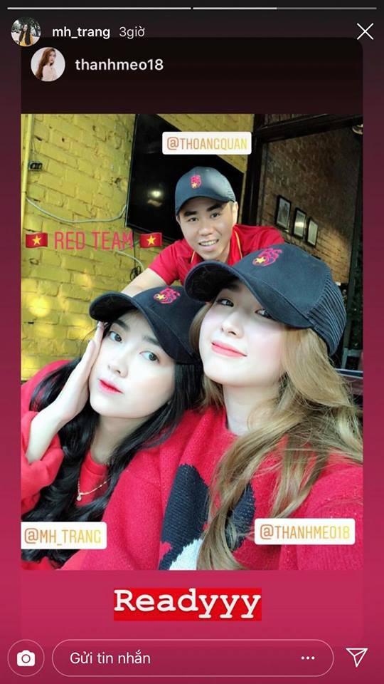 Vợ HLV Park Hang-seo, người yêu cầu thủ Duy Mạnh, Văn Đức nổi bật trên khán đài trận bán kết kịch tính - ảnh 7