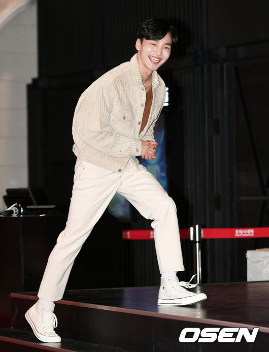 D.O. mời 40 sao Hàn đến sự kiện khủng: EXO và Lee Kwang Soo chiếm spotlight, Lee Sung Kyung đọ sắc với dàn mỹ nhân - ảnh 21