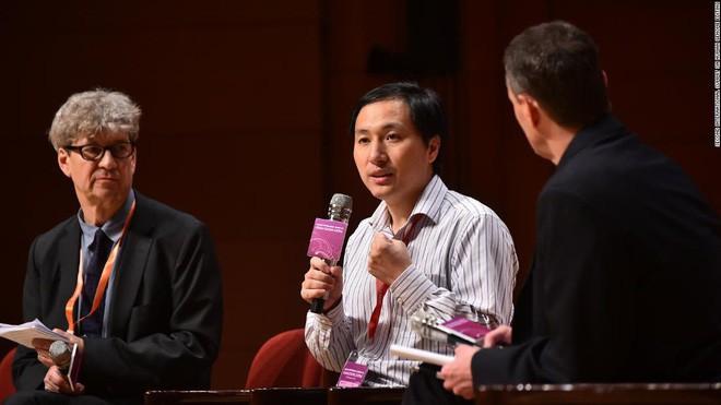Một mình nhà khoa học Trung Quốc thì không thể chỉnh sửa gen người, phía sau ông ấy là sự hỗ trợ của 2 công ty Mỹ - ảnh 1