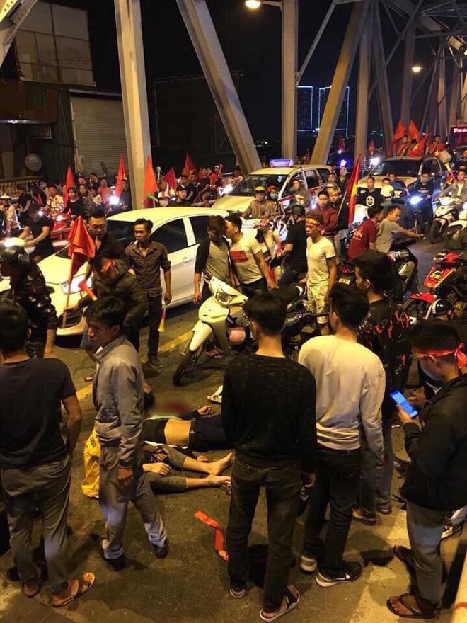 Ẩu đả, tai nạn giao thông liên tiếp trong đêm đi bão mừng chiến thắng của đội tuyển Việt Nam: Vui thôi đừng vui quá! - ảnh 5