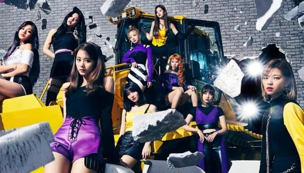 Top 10 nghệ sĩ Hàn bán album chạy nhất tại Nhật năm 2018: Nhóm nữ quen thuộc xưng vương, vị trí số 7 gây bất ngờ - ảnh 1