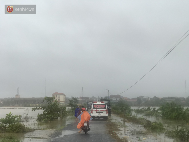 Nóng: Tìm thấy thi thể người con vụ 2 mẹ con bị nước cuốn trôi trong đêm mưa kinh hoàng ở Quảng Trị - ảnh 2