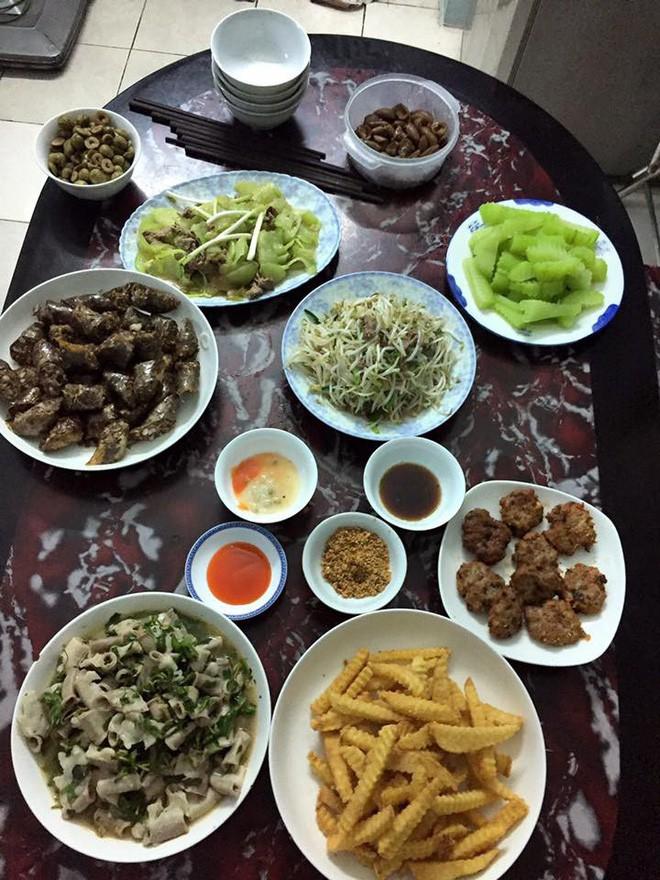 Cao thủ chi tiêu Hà Nội: Chỉ tốn 4,5 triệu/tháng tiền chợ cho 4 người lớn mà bữa nào cũng như đại tiệc - ảnh 16