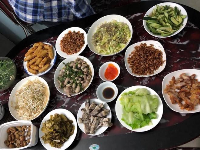 Cao thủ chi tiêu Hà Nội: Chỉ tốn 4,5 triệu/tháng tiền chợ cho 4 người lớn mà bữa nào cũng như đại tiệc - ảnh 10