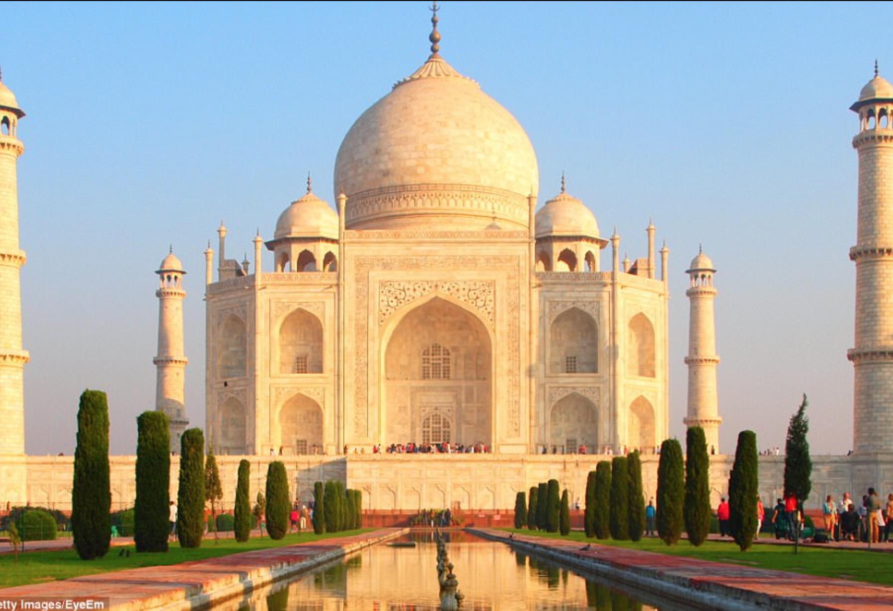 Lăng Taj Mahal biểu tượng của Ấn Độ đã chuyển thành màu vàng vì một lý do cực kỳ đáng ngại - ảnh 2