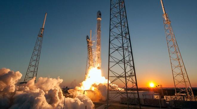 Cuối tuần này, SpaceX sẽ phóng vệ tinh phát Internet, bước đầu thử nghiệm cho dự án phát Internet toàn cầu - ảnh 4