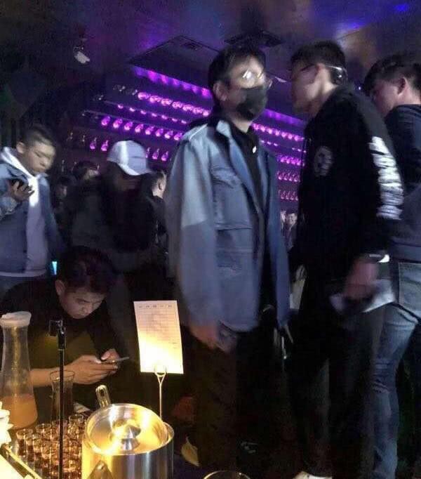 Ngày Valentine, bạn gái của Luhan bị bắt gặp đi bar cùng thiếu gia giàu nhất Trung Quốc? - Ảnh 2.