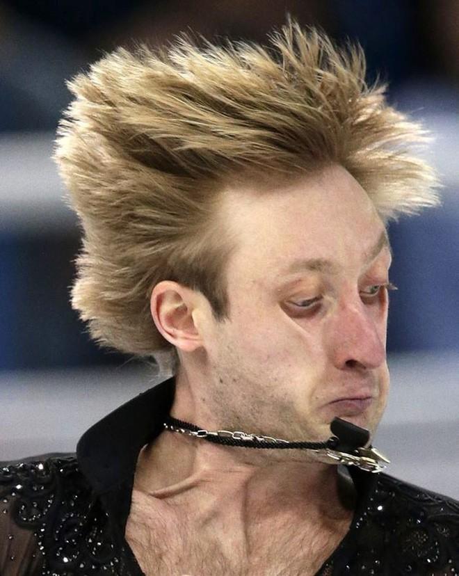 [Vui] Đây là lý do vì sao vận động viên trượt băng nghệ thuật không thích bị chụp ảnh khi thi đấu - Ảnh 4.