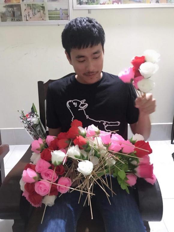 Sao Việt người khoe quà khủng, người hạnh phúc hé lộ người yêu bí mật trong ngày Valentine - Ảnh 11.