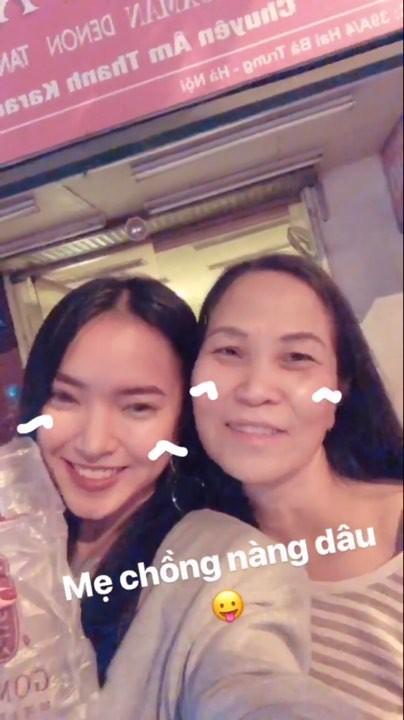Hotboy, hotgirl Việt háo hức chia sẻ những khoảnh khắc đầu tiên của năm 2018 - ảnh 1