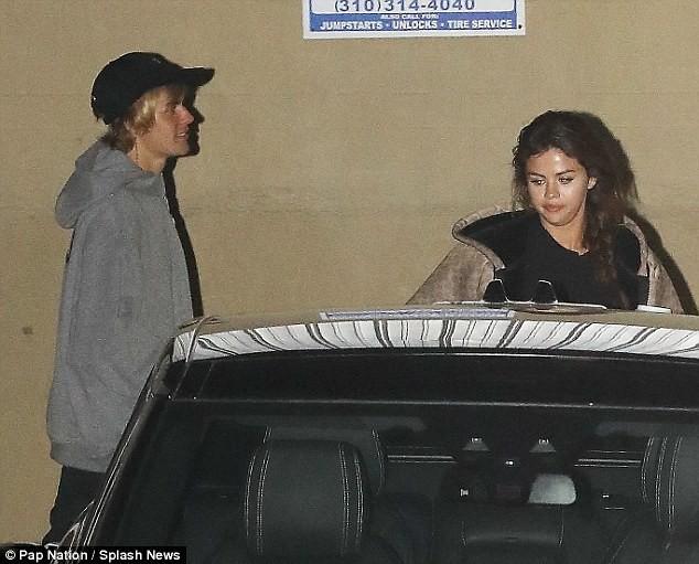 Mặc kệ thị phi showbiz, vòng tay Justin chính là vùng trời bình yên của Selena - Ảnh 6.
