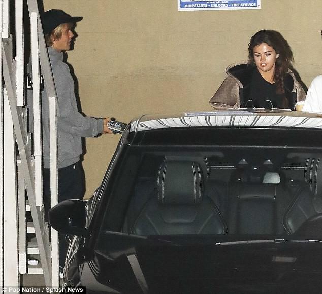 Mặc kệ thị phi showbiz, vòng tay Justin chính là vùng trời bình yên của Selena - Ảnh 5.