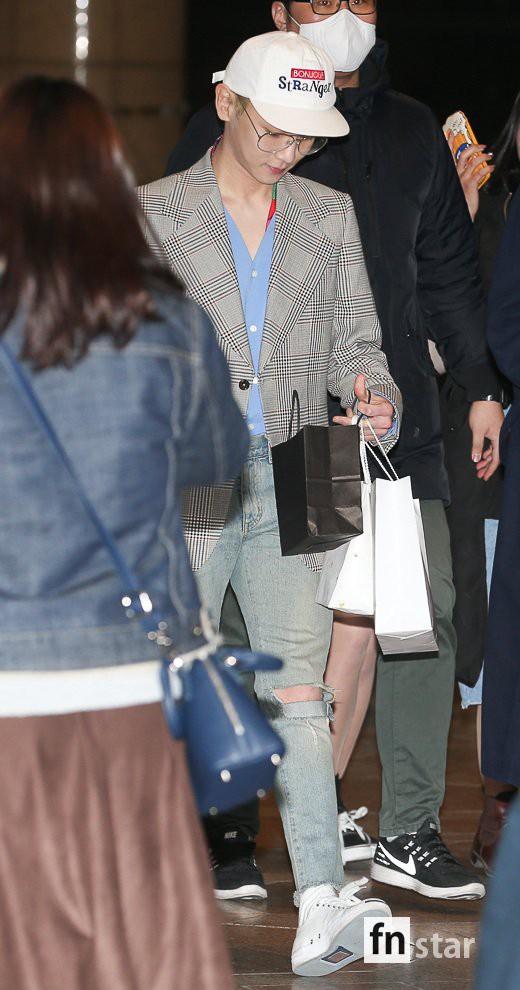 SHINee và Wanna One đụng độ tại sân bay: Center quốc dân có đọ được với độ sang chảnh của Key và Taemin? - Ảnh 28.