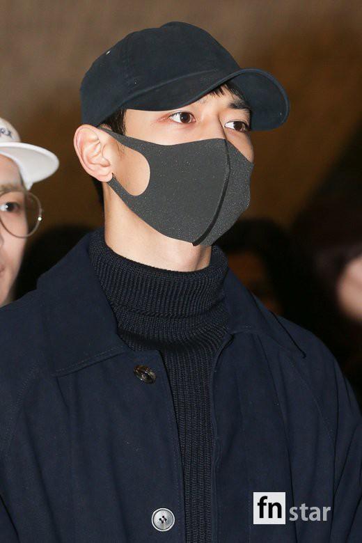 SHINee và Wanna One đụng độ tại sân bay: Center quốc dân có đọ được với độ sang chảnh của Key và Taemin? - Ảnh 35.