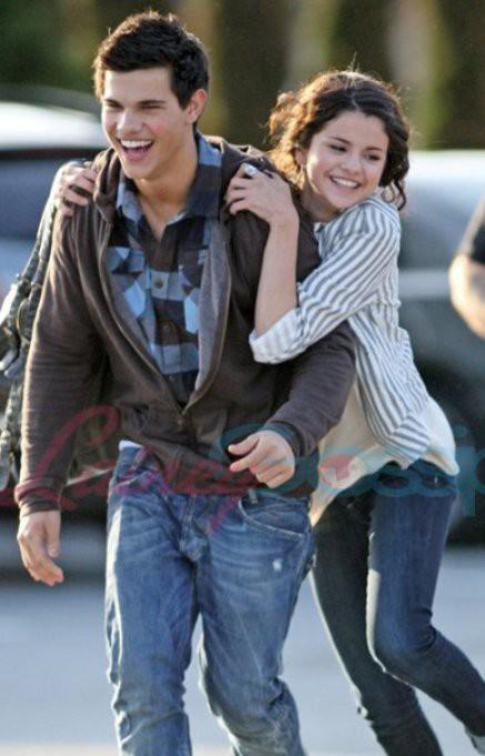Selena Gomez: Cô gái có trong tay tất cả nhưng sẵn sàng từ bỏ mọi thứ vì một chàng trai - Ảnh 5.