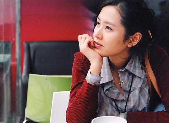 Mặc Hàn Quốc có bao người đẹp, nữ thần của mọi nữ thần Son Ye Jin vẫn một mình một đế chế sắc đẹp 15 năm - Ảnh 11.