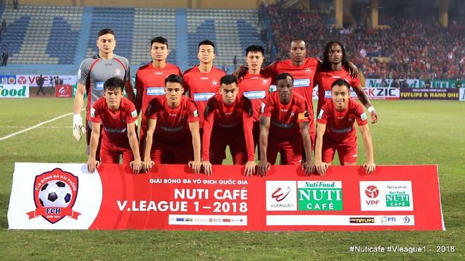 HLV Lê Thụy Hải: Văn Lâm là thủ môn tốt nhưng lên tuyển hay không phụ thuộc vào ông Park - Ảnh 1.
