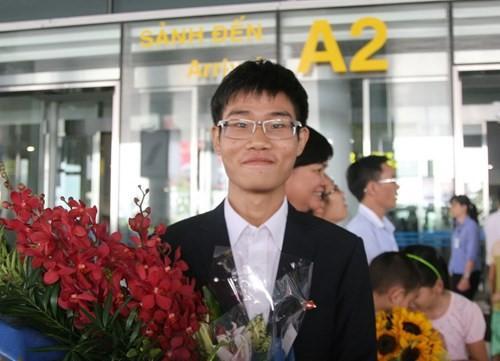 Chàng trai nhận học bổng 6,4 tỷ tại ĐH số 1 thế giới lọt top 10 gương mặt trẻ Việt Nam tiêu biểu - Ảnh 1.