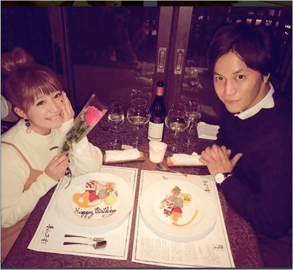 5 năm sau khi bị chồng bắt quả tang ngoại tình, người đẹp Nhật Bản chuẩn bị kết hôn với nhân tình - Ảnh 1.