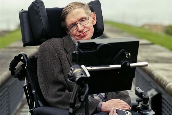Stephen Hawking: Trí tuệ nhân tạo có thể là điều tồi tệ nhất trong lịch sử văn minh của nhân loại - ảnh 1