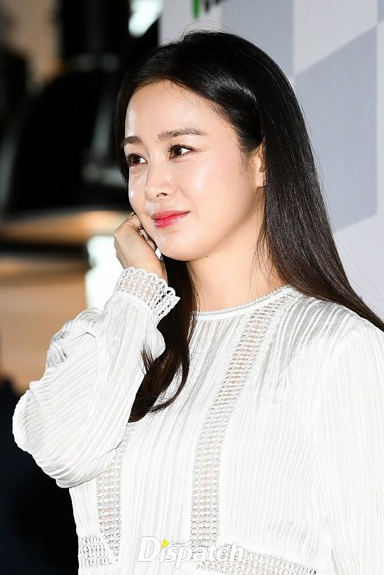 Kim Tae Hee lộ diện chính thức hậu sinh con: Đẹp khó tin, nhưng vóc dáng của cô mới là điều gây bất ngờ nhất - ảnh 11