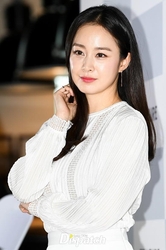 Kim Tae Hee lộ diện chính thức hậu sinh con: Đẹp khó tin, nhưng vóc dáng của cô mới là điều gây bất ngờ nhất - ảnh 12