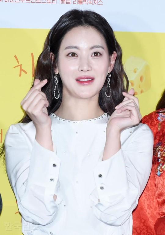Dara đẹp xuất sắc nhưng mọi sự chú ý lại đổ dồn về đôi môi sưng vều của nàng Tam Tạng - Ảnh 9.