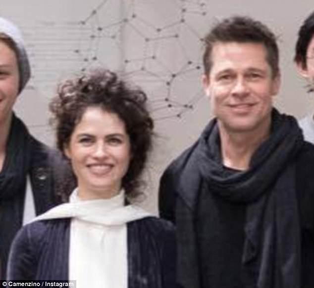Brad Pitt cuối cùng đã lộ ảnh bên người yêu mới, hoàn toàn say đắm nữ kiến trúc sư vừa đẹp vừa giỏi - ảnh 1