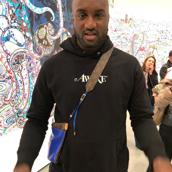 Đố bạn: Tìm sự khác biệt giữa mẫu túi mới của Louis Vuitton với túi đựng áo mưa - ảnh 2
