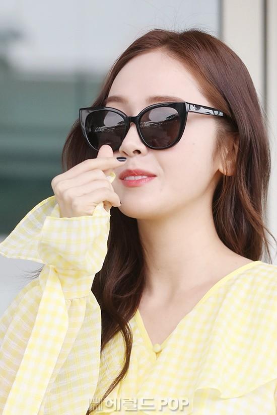 Lâu lắm mới xuất hiện, Jessica đẹp lên bất ngờ nhưng sao ngày càng sến thế này? - ảnh 13