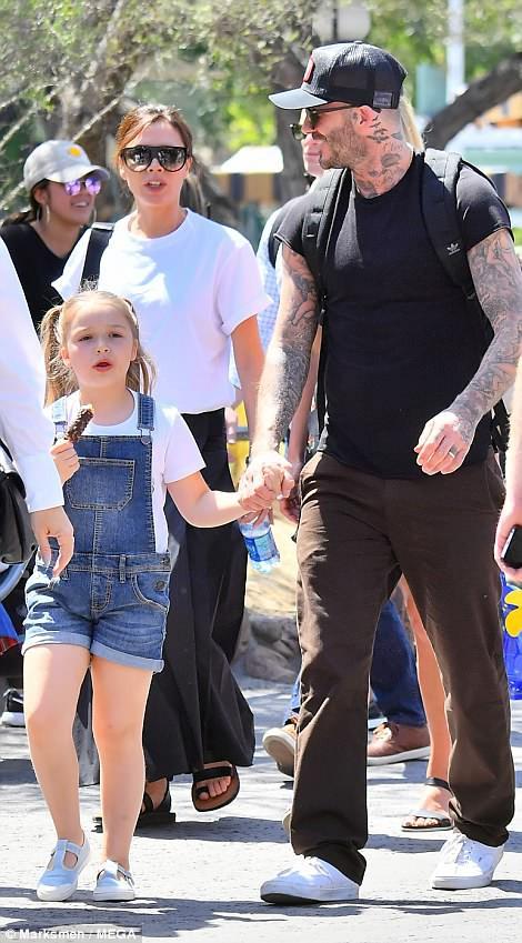 Các con nhà Beckham đều đã cực cao lớn, đặc biệt Harper cho thấy tiềm năng trở thành siêu mẫu - Ảnh 4.