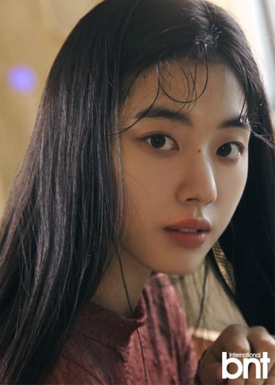 Trở lại sau 3 năm, nữ sinh đẹp hơn cả Suzy, Han Hyo Joo đã trở thành diễn viên đe dọa soán ngôi loạt mỹ nhân - Ảnh 3.