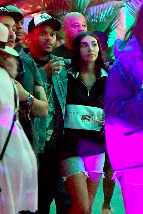 Lần thứ 3, The Weeknd lại tiếp tục tình tứ bên một người đẹp từng là... bạn gái của Justin Bieber - Ảnh 1.