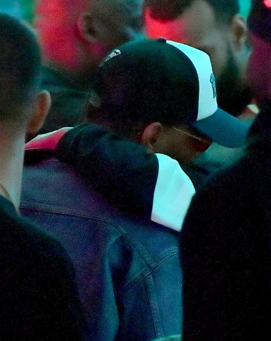 Lần thứ 3, The Weeknd lại tiếp tục tình tứ bên một người đẹp từng là... bạn gái của Justin Bieber - Ảnh 4.