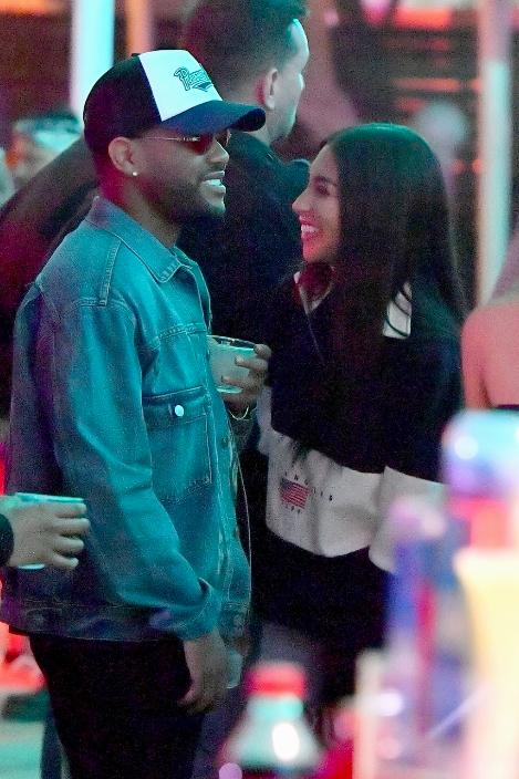 Lần thứ 3, The Weeknd lại tiếp tục tình tứ bên một người đẹp từng là... bạn gái của Justin Bieber - Ảnh 5.
