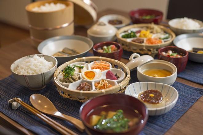 """""""Ai cũng được ăn món mình thích"""" – bí quyết thần kì giúp con hết kén ăn của mẹ Nhật - ảnh 2"""