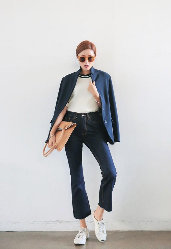 4 lưu ý giúp bạn diện quần jeans ống vẩy max đẹp - ảnh 11