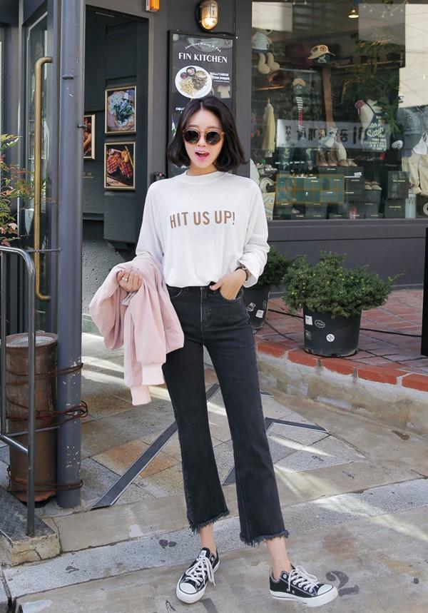 4 lưu ý giúp bạn diện quần jeans ống vẩy max đẹp - ảnh 12