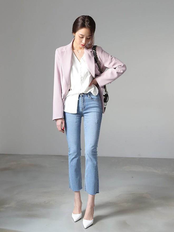 4 lưu ý giúp bạn diện quần jeans ống vẩy max đẹp - ảnh 8