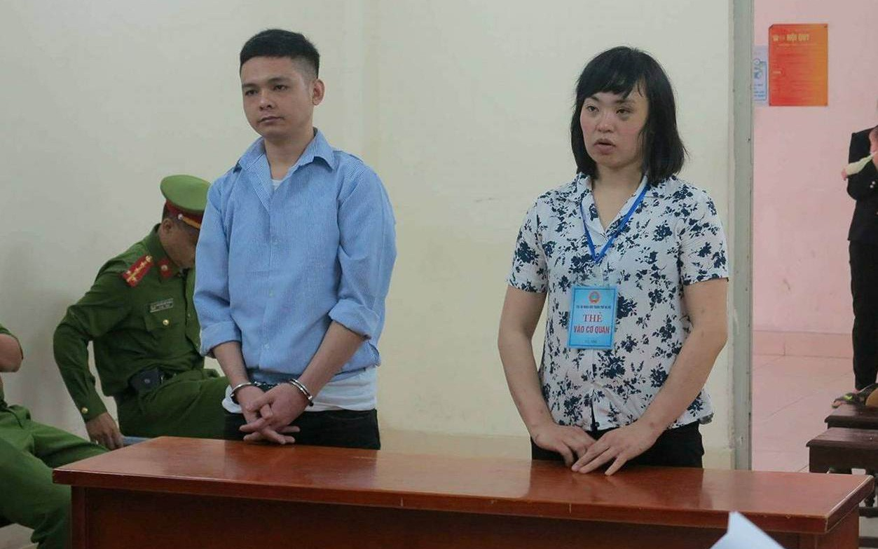 Cùng ''vợ hờ'' dùng lựu đạn đe dọa công an hòng thoát thân trên đường giao ma tuý, đối tượng lĩnh án 33 năm tù