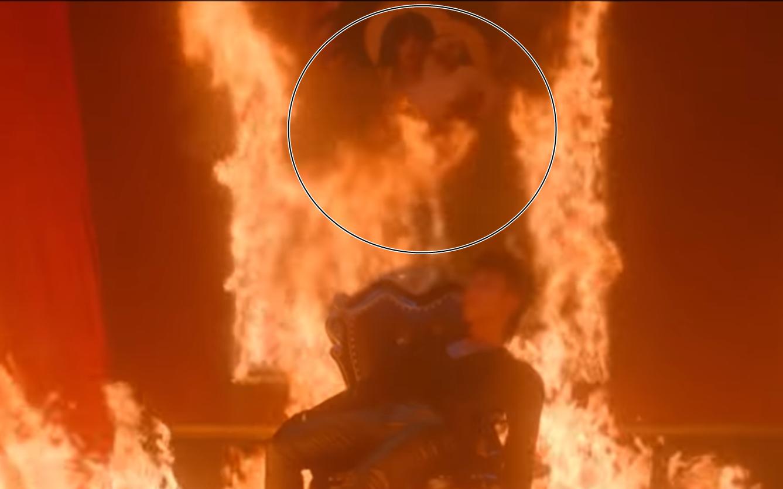 """Vụ ồn ào về hình ảnh đốt tranh Đức Mẹ sầu bi trong MV mới của Sơn Tùng M-TP: """"Đây là trách nhiệm của chính người đã làm ra MV này"""""""