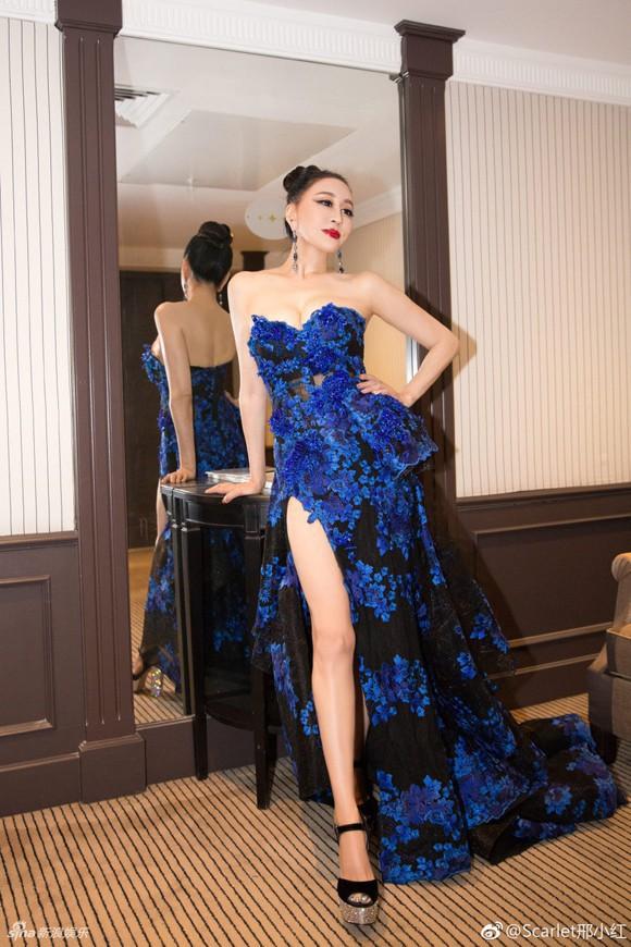Không phải mỹ nhân vô danh, chính Hoa hậu mới là những kẻ náo loạn thảm đỏ Cannes 2018 - Ảnh 4.