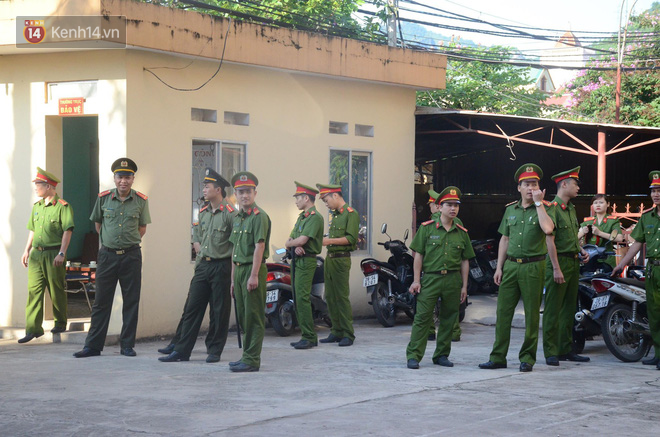Xét xử bác sĩ Hoàng Công Lương trong vụ 8 bệnh nhân chạy thận tử vong - ảnh 5