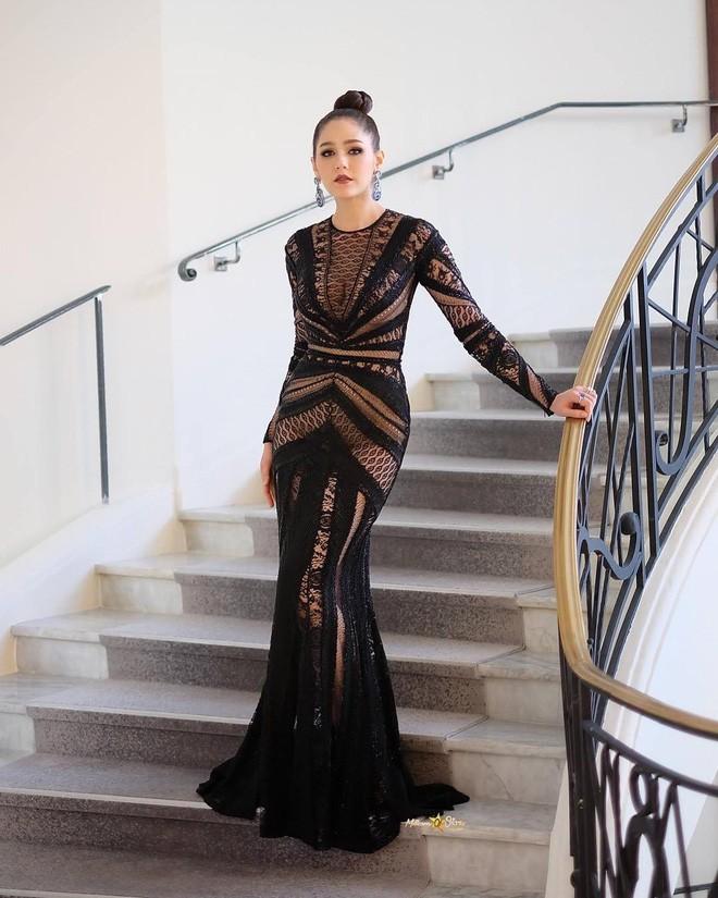 Chẳng phải Phạm Băng Băng hay dàn sao Hollywood, mỹ nhân Thái Chompoo Araya mới là người chiếm sóng thảm đỏ trong 5 ngày ở Cannes - Ảnh 16.