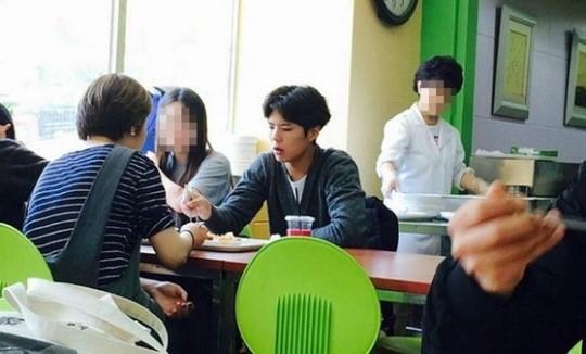Park Bo Gum bỏ bê sự nghiệp suốt 2 năm, nhưng khi biết lí do thực sự thì ai cũng nể anh - ảnh 4
