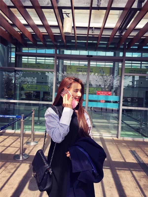 Chỉ sắm phiên bản bình dân của Hermes, Nhã Phương đúng là sao nữ ít mê đồ hiệu nhất showbiz Việt - ảnh 7