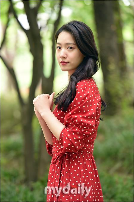 Cùng ngày bị CEO MBK vạch mặt, rắn độc Hyoyoung nhận gạch đá vì xuất hiện đầy quyến rũ trong loạt ảnh mới - ảnh 7