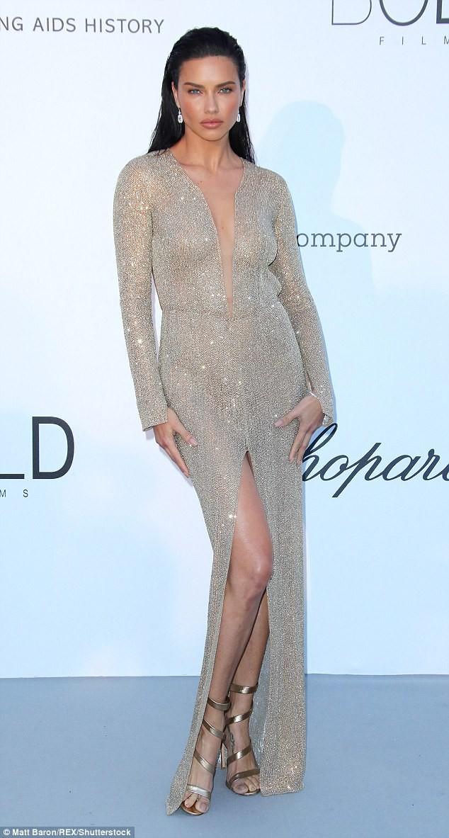 LHP Cannes: Giữa dàn siêu mẫu đẹp nhất thế giới, một mỹ nhân gây chú ý vì vòng 1 nổi gân xanh - ảnh 3