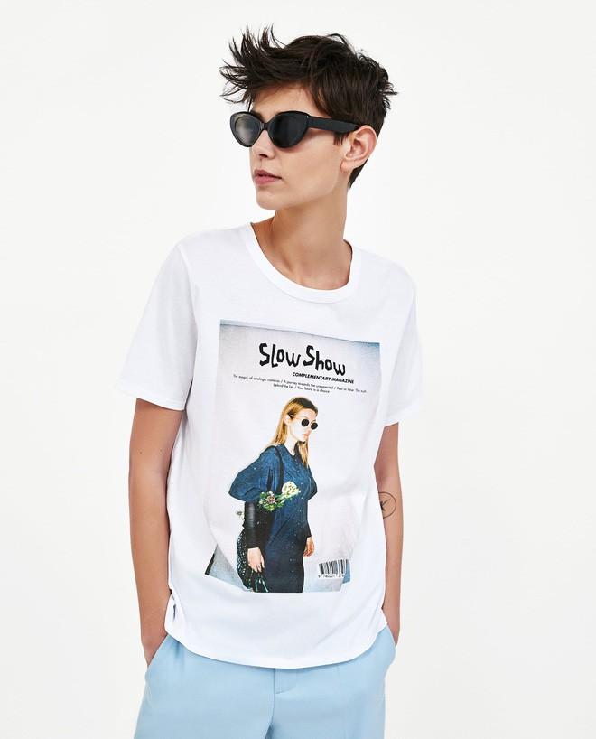 Nếu chán áo phông trắng trơn hay in chữ, Zara cùng H&M còn đủ kiểu áo in hình nổi bật mà giá chưa quá 500 ngàn đồng - ảnh 2