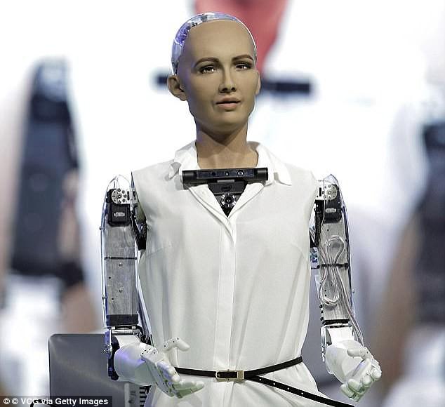 Cô nàng robot Sophia lại tiếp tục đưa ra lời phán, nhưng lần này là từ chủ nhân của mình - Ảnh 2.